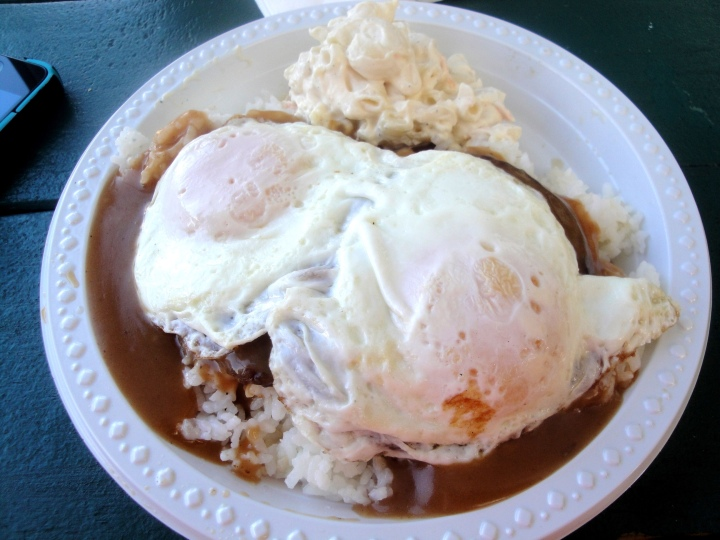 loco-moco-rainbow-drive-in