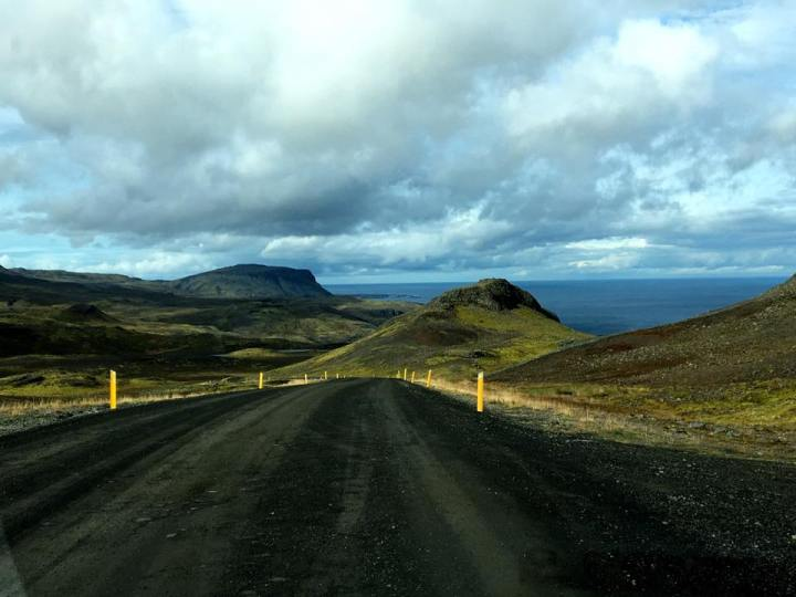 islandeyulair15